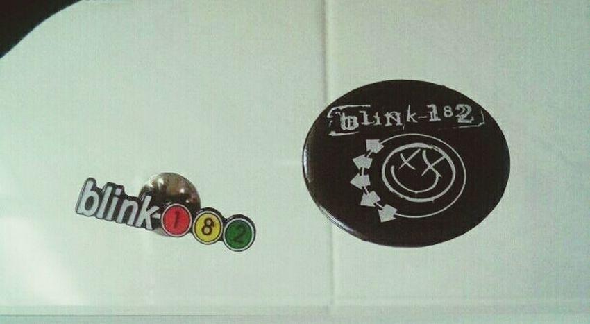 Il mio ragazzo e i suoi regali. Blink 182