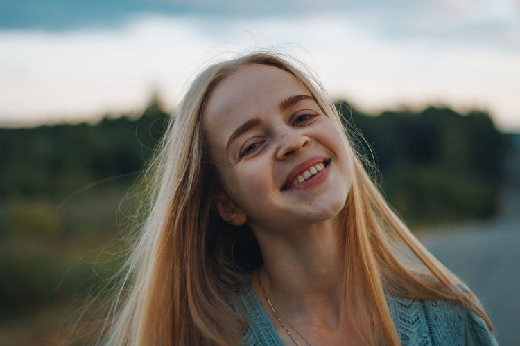 Portrait of a smiling young woman