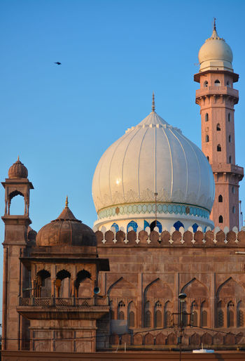 Taj-ul-masajid is a mosque situated in bhopal, madhya pradesh state, india.