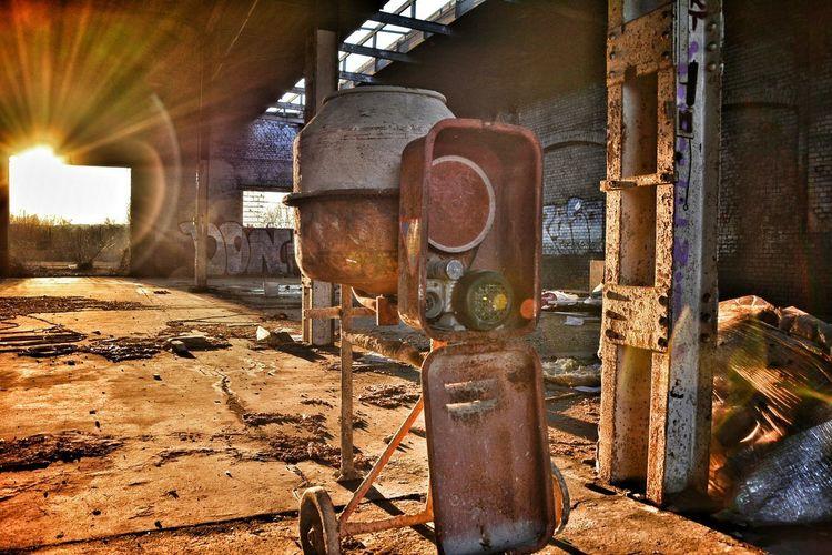Eyeemabandonment Lostplace Light And Shadow Lens Flares Lens Flares Scenics Plant Out Of Order Vandalism Sunshine Abandoned Bad Condition Damaged Civilization