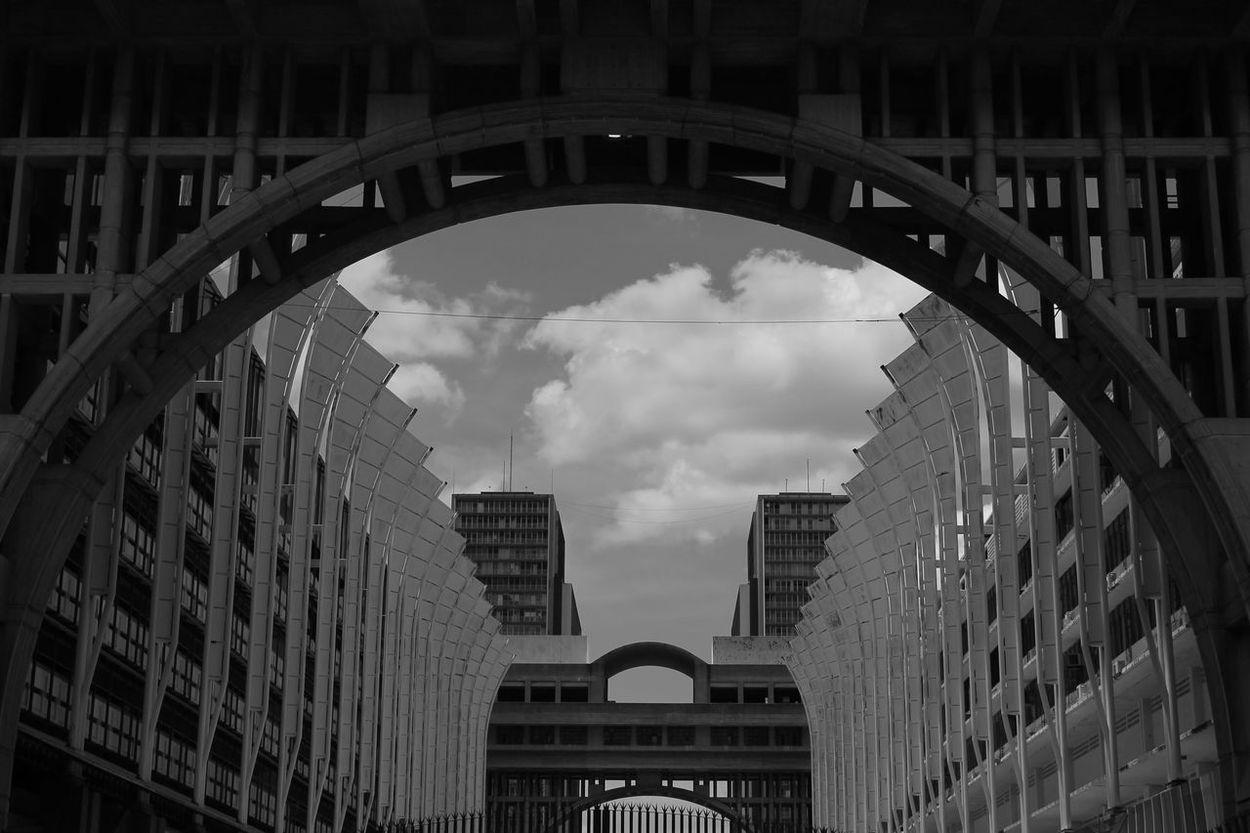 Architecture Architecture_collection Caracas City Cityscape Estructure Arch Architecturelovers Building Exterior Buildings Buildings & Sky Caracas City Concrete