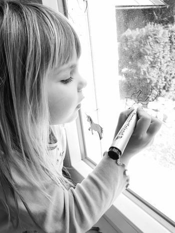 Beauty Child Children Photography Portrait Black & White Portrait Black And White Childhood So Simple And Relaxing Moments Relaxing Home