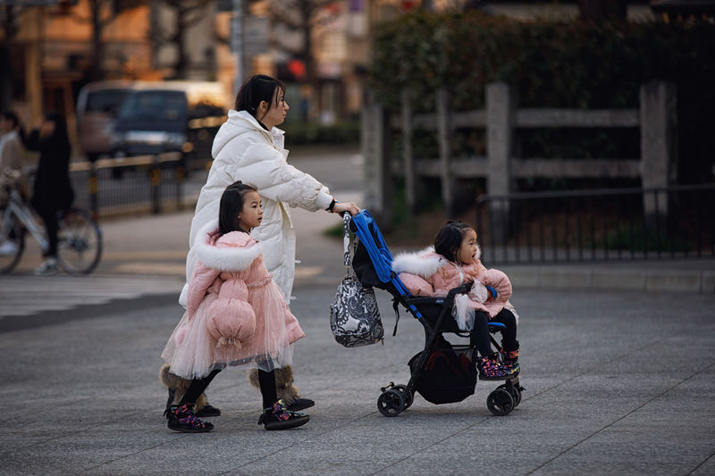 Mother with two little girls at Kyoto street Kyoto Girls Japan Streetphotography Full Length Childhood Women Child Females Togetherness Group Of People Mother Real People Parent Daughter Family Baby Baby Carriage People Focus On Foreground Love Baby Stroller Positive Emotion Innocence Outdoors