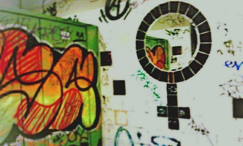 Toilet Art Ladiesroom Graffiti