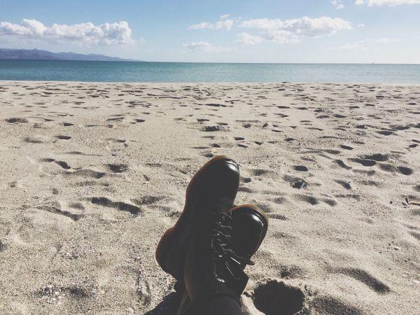 Un valzer sopra la quiete.| Poi parleró di noi, ma sotto metafora,capita, torni come un'anafora. Peace Sea Freedom Chilling