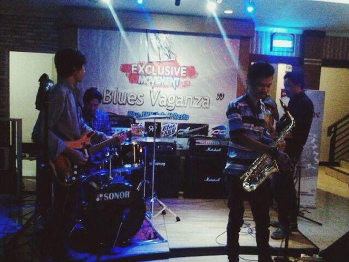 Blues vaganza @bluesky_cafe karawang