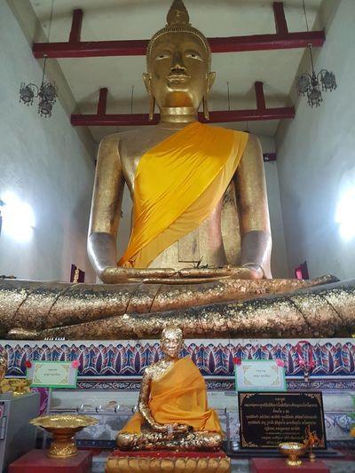 Statue Gold