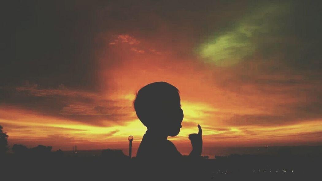 Grand Oil Lady Miri Malaysiaeyem Watching The Sunset