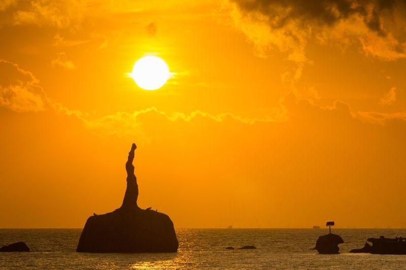 Sunrise Sky Orange Color Water Nature Beauty In Nature Silhouette Cloud - Sky Sun No People Outdoors Sunlight