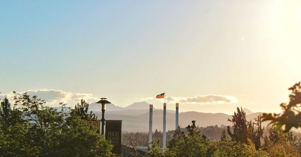 Adapted To The City Smokestacks Oldmill Bendoregon Mountains And Sky Cascade Mountains