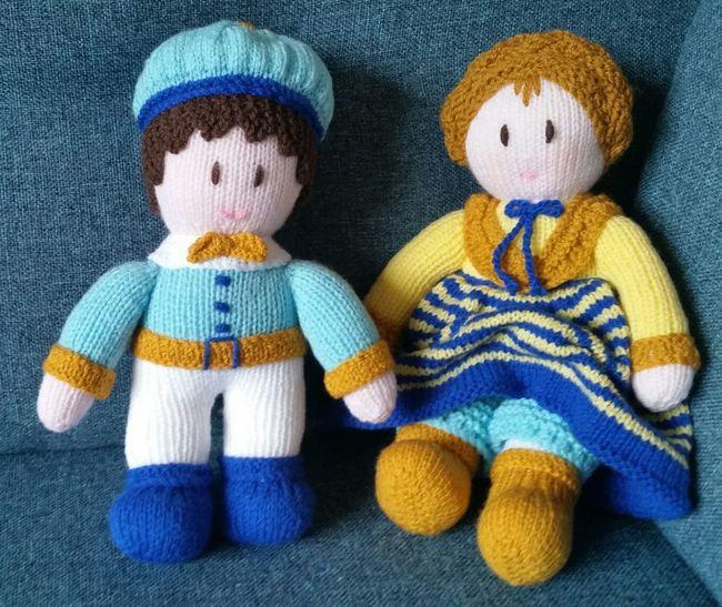 43 Golden Moments Pretendplay Knitted  Dolls Craft Hobby Stuffed Toy Boy Girl