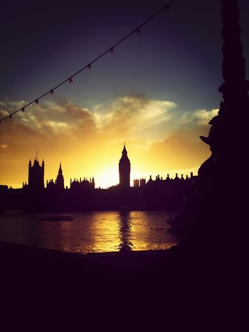 London: Beautiful Old Arhitecture Hello World From My Point Of View Bigben