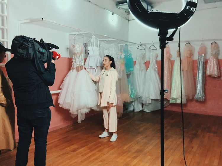 Casting Working Story Photography Story Modern Workplace Culture Clothing Store Indoors  Wedding Dress Fashion Hanging Bride Standing People Young Women Stories From The City