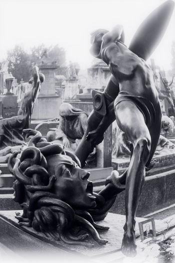 Aviator Cimiteromonumentale City Grave Lifestyles Medusa Head Outdoors Scultpure