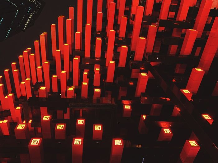 美术馆 Art 艺术 国泰 柱子 Red No People Large Group Of Objects Indoors  Illuminated Architecture Built Structure
