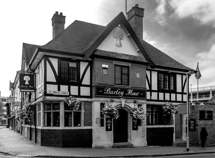 The Barley Mow,