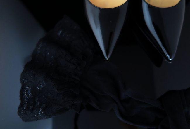 Lieblingsteil Jimmychoo Lingerie Black Black Background Detail Fashion Fashion&love&beauty Uniqueness Sexy♡ Midsection Lifestyles Women Love Favorite Fetish Underwear😈 Shoes Luxury Still Life