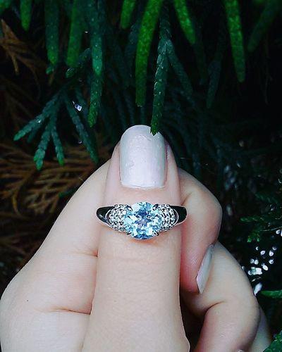 кольцо подарок ель роса мечта сюрприз серебро ювелирноеукрашение сумрак Лес ноготь маникюр  камень Природа