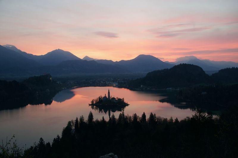Sunrise Sky Outdoors Tranquility Lake Mountain Slovenia Scenics Bled Landcape Neverstopexploring  EyeEmNewHere Mgphoto
