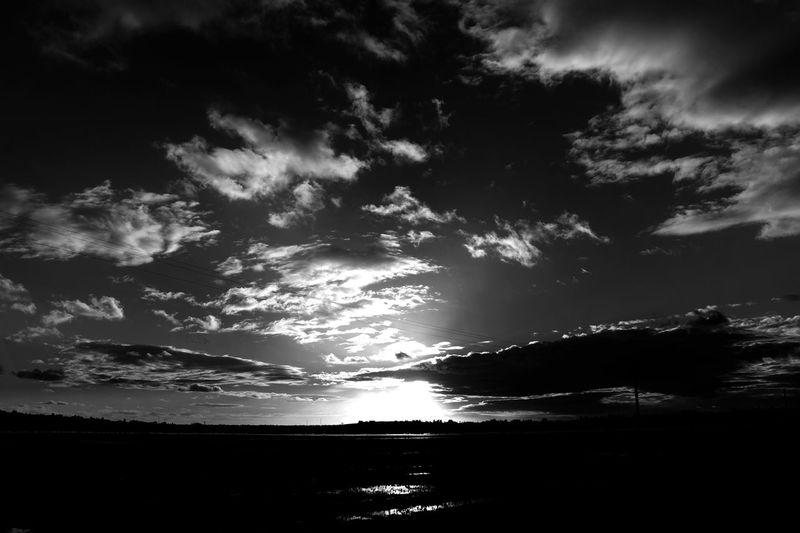 Streetphotography Bnw_friday_eyeemchallenge Eyem Best Shots - Black + White The Week On Eyem Monochrome Blackandwhite Sky Eyem Best Shots Streetphoto_bw
