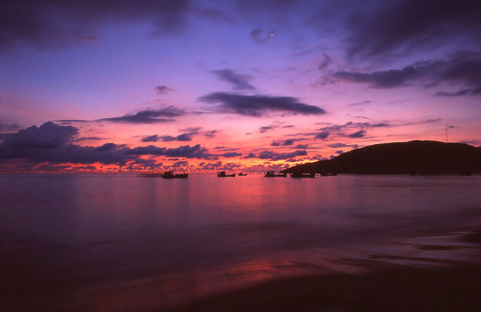Cloud Peace Peace And Quiet Amazing Beauty In Nature Boat Dawn Film Photography Filmcamera Filmisnotdead Idyllic Long Exposure Nature No People Outdoors Reflection Scenics Sea Sky Slidefilm Sunrise Sunset Tranquil Scene Tranquility Water