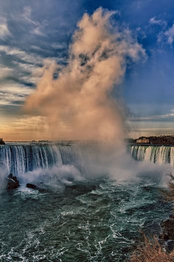 Horseshoe Falls Motion Water Beauty In Nature Sky Long Exposure Power In Nature Nature Scenics Waterfall Travel Destinations Day Cloud - Sky Outdoors Horizon Over Water