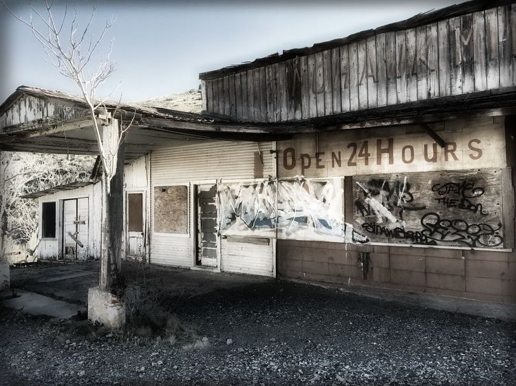 A long-forgotten dream.... Historical Building Streamzoofamily Urban Landscape Abandoned