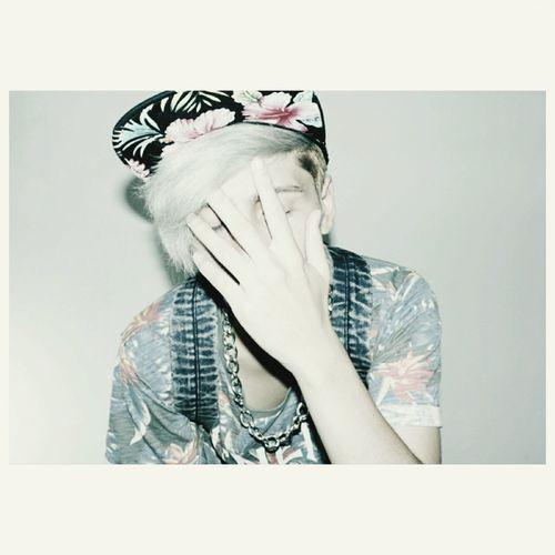 Palegrunge Pale Paleboy Grunge Haircolor Gay Boy Whitehair My World ♥ Tropical Tropicalprint