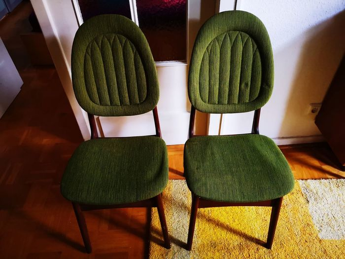 Sitting together - vintage interior EyeEm Stilllifephotographer Danish Interior Green Chairs Wool Home Interior Hardwood Floor Close-up Green Color