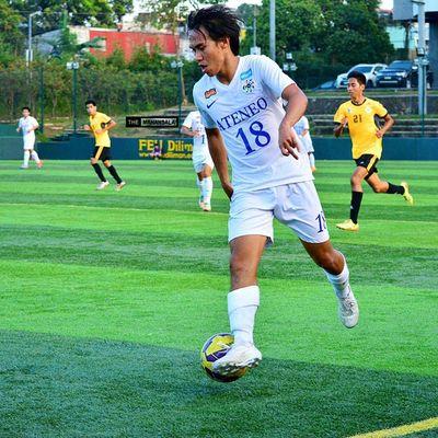 @leocarlol ⚽ . . . UAAP Uaap77 Uaapseason77 ADMUvsUST ateneo AdMU UST uste sbspotlight soccerbible football themanansala