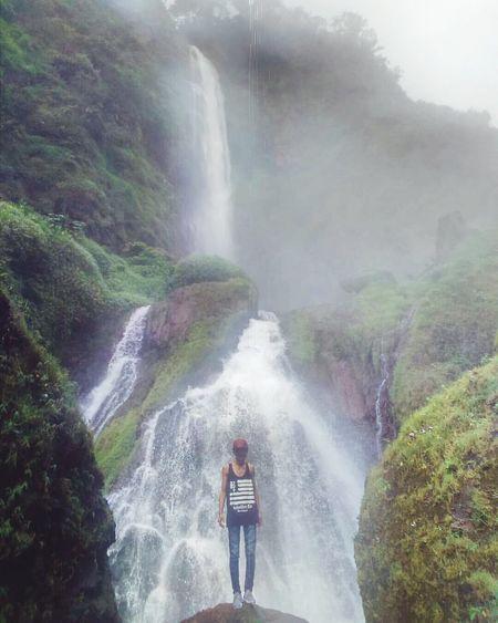 Citambur waterfall, South Cianjur, West Java, Indonesia. Waterfall Photography Vibes Nature Beauty In Nature Exploreindonesia Naturephotography Travel Photography Wanderlustindonesia Wanderlust Nature Wanderlust