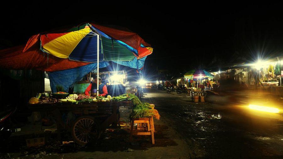 night market Night Outdoors Nightlife Eyeemphotography The Week On EyeEm Streetphotographer Marketplace