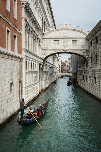Canals in Venice Canal Grande Grand Canal Piazza San Marco Rialto Bridge Romantic Saint Mark's Square Venezia Venice, Italy Bridge Of Sighs Canal Gondola - Traditional Boat Gondolier Ponte Dei Sospiri Ponte Di Rialto Travel Destinations Venice