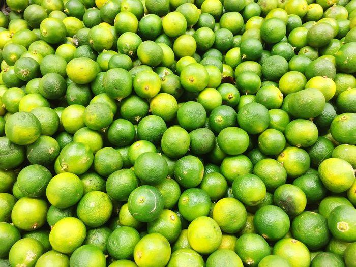 Full frame shot of limes