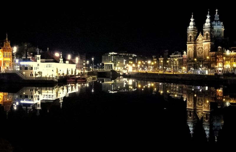 Night Reflection Illuminated City Cityscape No People Water Outdoors Sky Holland❤ Holland Amsterdamcity Building Exterior Architecture Amsterdam Amsterdam City Cityscape City