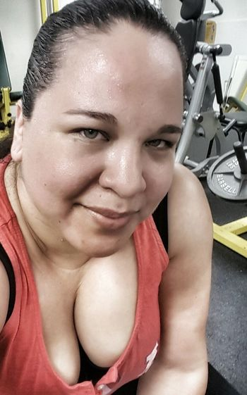 At The Gym Working Out Breaking A Sweat Sweating It Out Fitnessmotivation ImNotPerfect Imnoangel Less Than Perfect Plussizebeauty Plus Size Curvy & Beautiful Selfieporn No Excuses Hazel Eyes  Those Eyes Afterworkout