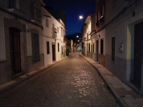 Paseo nocturno por las calles del pueblo Rural Architecture Night