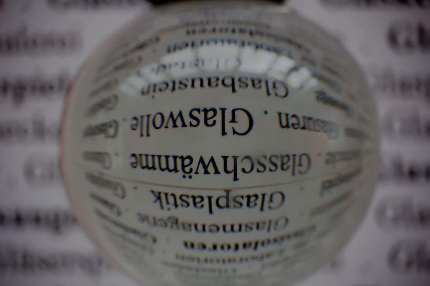 Magnification Optik Vergrößerung Communication Optic Optical Optical Effect Selective Focus Text Western Script