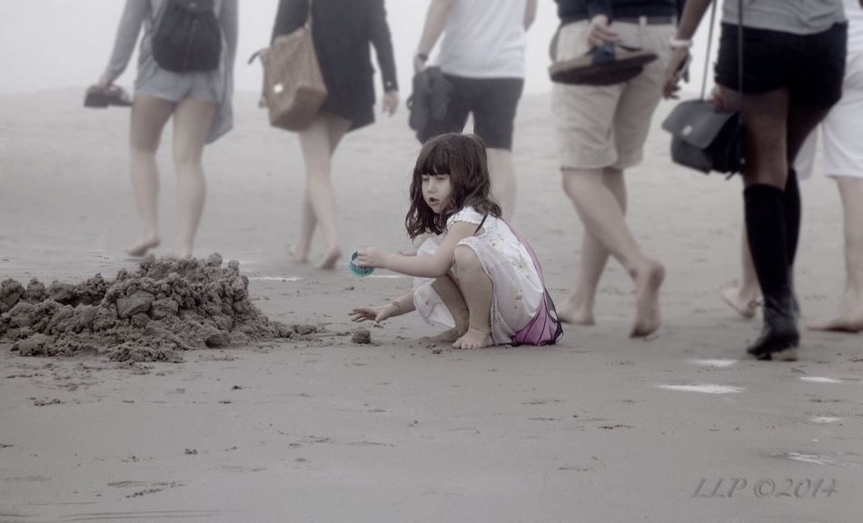 Candid Portraits People Julia On The Beach Beachphotography Fog Life Is A Beach Building A Sand Castle The EyeEm Facebook Cover Challenge Stand Out From The Crowd