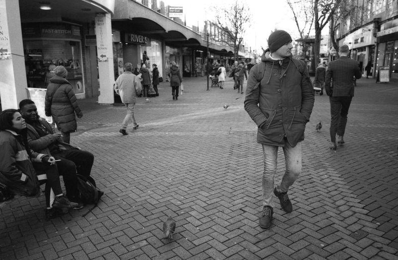 Northampton, December 2017 Northampton 35mmfilmphotography 35mm Film Streetphoto_bw Street Photography Streetphotography Leica M6 Ttl Leica M6 Elmarit 28mm Asph ELMARIT-M 28mm F2.8 Rollei Retro 400S Kodak HC-110 Epson V550 Street Walking City City Life