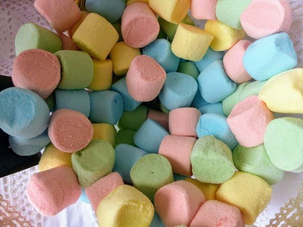 Multi colored mashmallows Green Pink Soft Blue Daylight Foreground Large Group Of Objects Mashmallow Multi Colored No People Sweet Food Variation Yellow Candy Store
