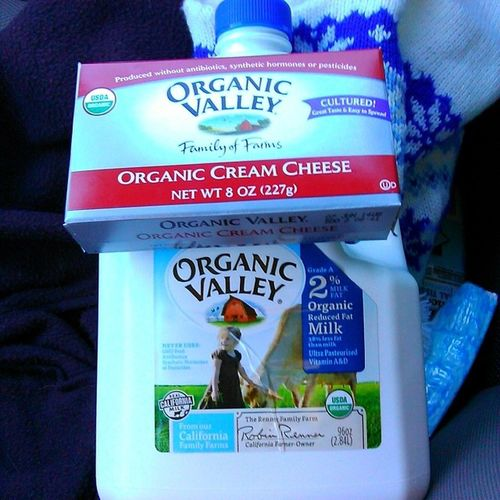 I finally went to the organic store today and freaked out that they have OrganicValley products!! Hippiegirlproblems Closestyhingtoswissvalleythatillget