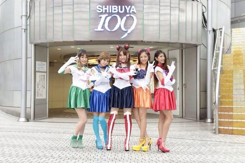 Anime Sailor Moon in SHIBUYA109 Street Photography Model