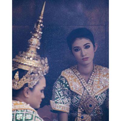 Once upon a time @ Ratchaprasong, Bangkok Pisekjongphoto Streetphtographers Streetphotography Snapshot candid portrait photooftheday picoftheday dailyphoto dailypic