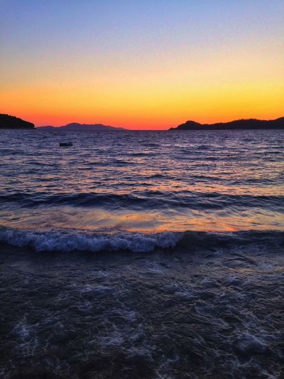 Right now, there's no place I'd rather be. Sky and sea getting married right in front of me. Hope you're enjoying a sunset somewhere too. Sunset Sky_collection Enjoying The Sun Eyem Best Shots Skyporn Mediterranean  Island Waves Ocean Sky The Great Outdoors - 2017 EyeEm Awards