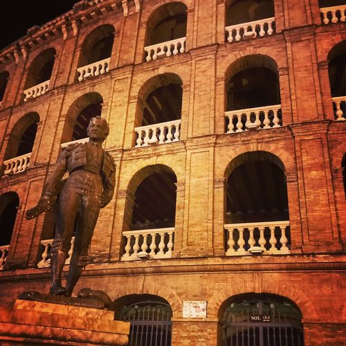 Architecture Building Ancient Tourism Outdoors Statue València Bull Ring City Life Weekend Break History Sculpture