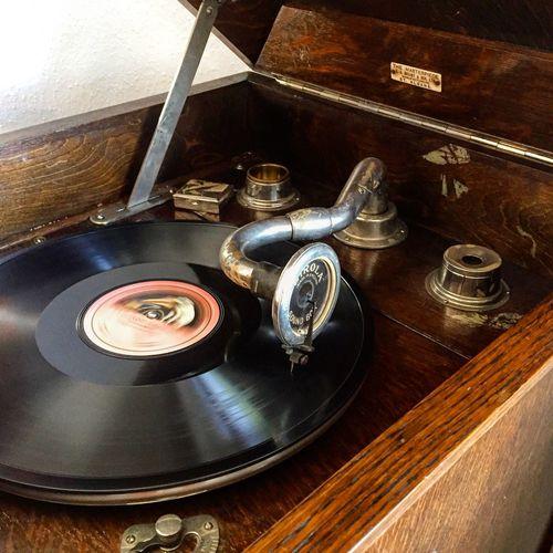 Grammophone Old