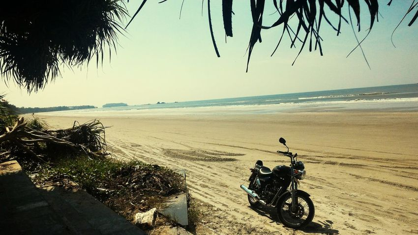 Beach Sand Sea Sky Motorcycle Horizon Over Water Landscape Outdoors Nature Beauty In Nature India Kerala Royal Enfield Thunderbird Cruiser Bikes Let's Go. Together.