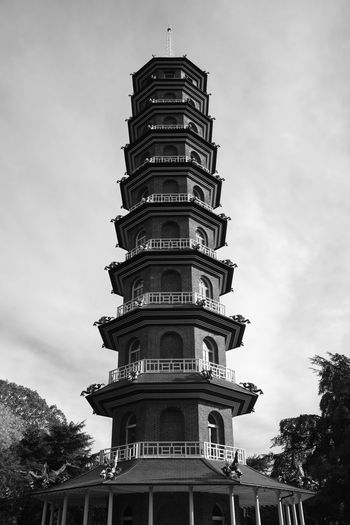 Kew Gardens, London UK - 2018 Nature Day Kew Gardens London Pagoda Architecture Built Structure Low Angle View Building Exterior Cloud - Sky Sky Building No People Tall - High Tree Outdoors City Travel Destinations Plant Tower Religion Travel Spire