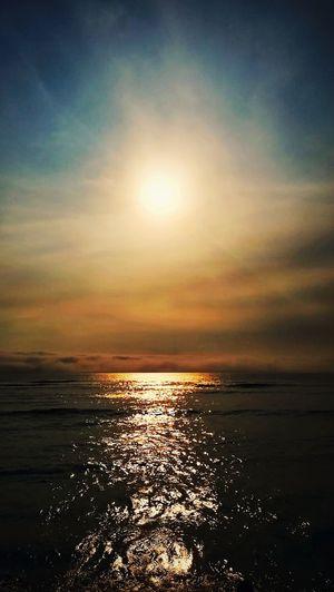 Hermoso camino Sea Sunset Sun Nature Sky Beauty In Nature